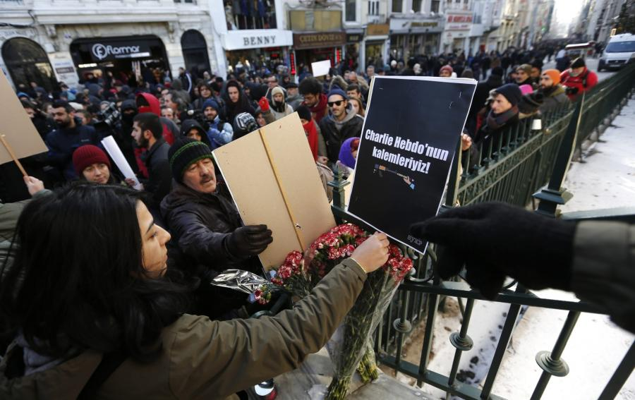 Turcja. Świat w reakcji na zamach we Francji