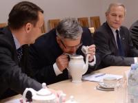 Komorowski o masakrze we Francji. Polska też zagrożona? ZDJĘCIA z posiedzenia RBN