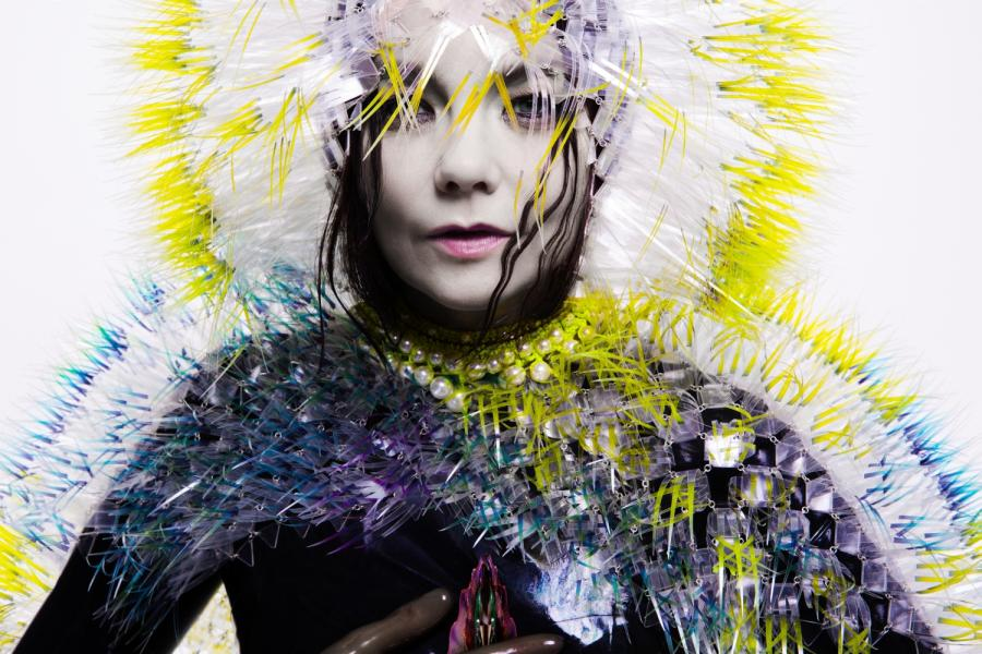 Björk przedstawiła klip do utworu \