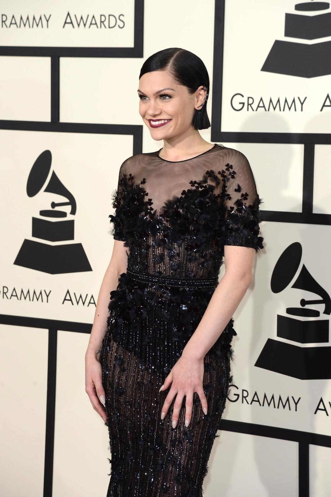 Najbardziej rozebrane gwiazdy na gali Grammy 2015: Jessie J