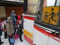 Dzieci ewakuowane z Donbasu idą do szkoły