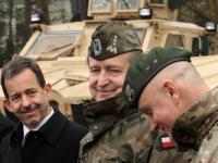 Polscy komandosi dostali od USA nowy sprzęt. Uroczyste przekazanie MRAP-ów