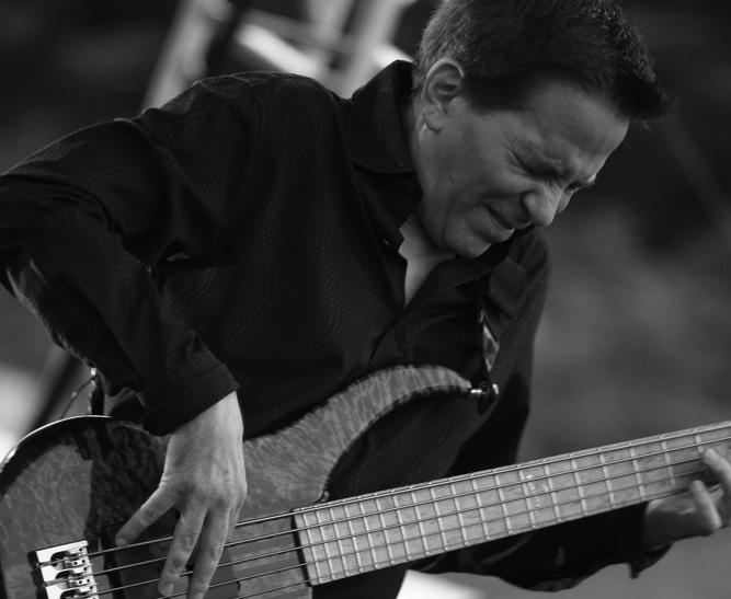 Mike Porcaro (1955 – 2015)