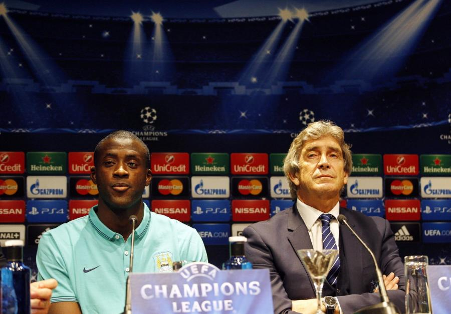 Manuel Pellegrini i Yaya Toure z Manchester City
