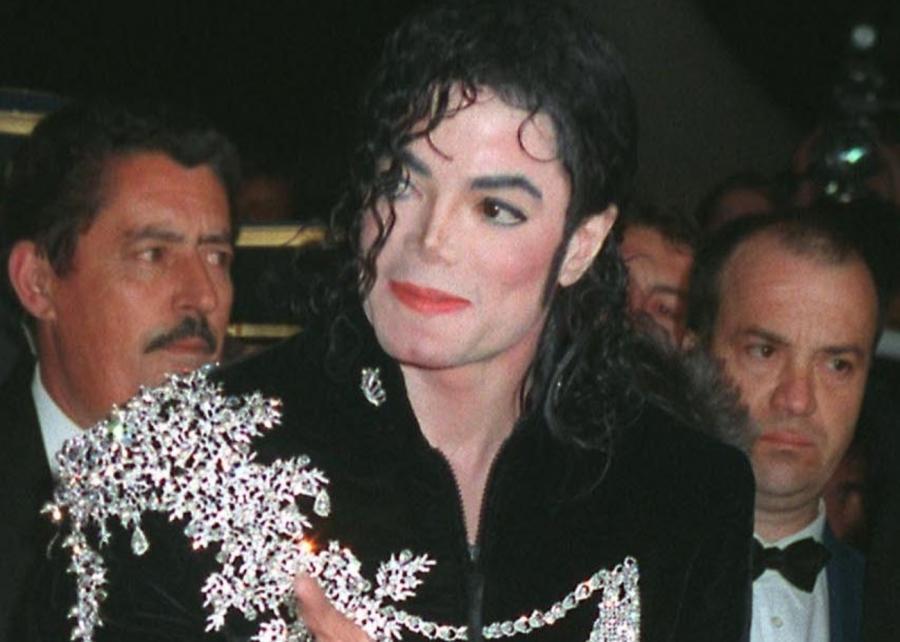 Michael Jackson był uzależniony od narkotyków i seksu?