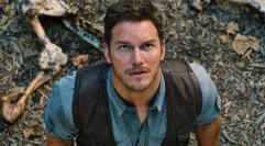 Chris Pratt tresuje dinozaury
