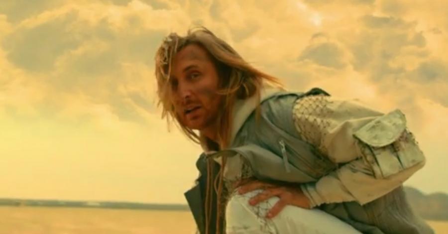 David Guetta z Nicki Minaj na pustyni