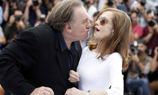 Pocałunki i łzy na czerwonym dywanie. Najlepsze ZDJĘCIA z festiwalu w Cannes