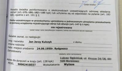 Biznesmen Zbigniew Stonoga opublikował akta prokuratorskie afery podsłuchowej. Na zdjęćiu protokół przesłuchania Jana Kulczyka