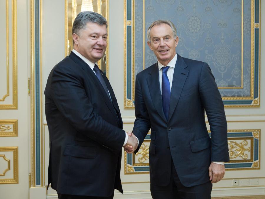Petro Poroszenko i były brytyjski premier Tony Blair