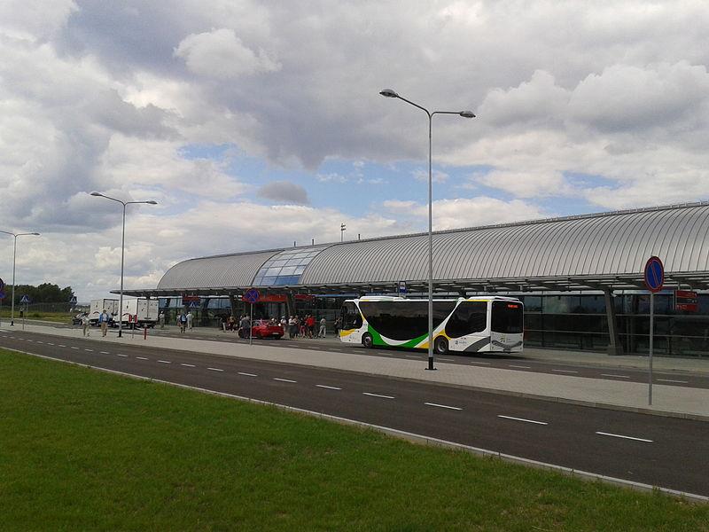 Port lotniczy w Modlinie, fot. Hubert Śmietanka, Licencja CC BY-SA 3.0