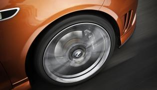 Jak odliczyć 100 proc. podatku VAT od samochodu?