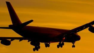 samolot pasażerski lotnisko