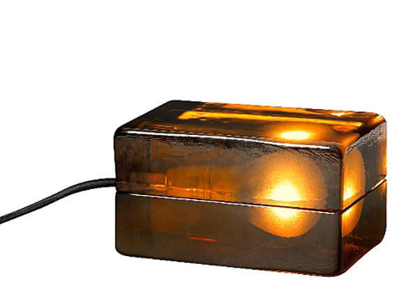 Światło zaklęte w bursztynie