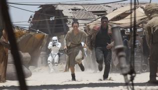 """""""Gwiezdne wojny"""" najwcześniej w... Zjednoczonych Emiratach Arabskich"""