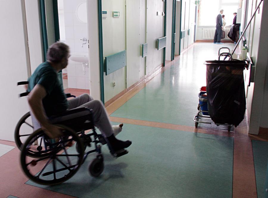 NFZ daje dzieli pacjentów na dwie grupy