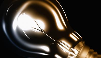 Poznaniacy dostaną za darmo 100 tys. energooszczędych żarówek