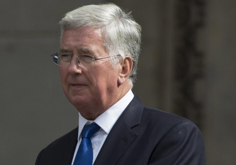Brytyjski minister obrony Michael Fallon