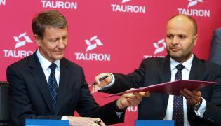 Minister Andrzej Czerwiński i prezes zarządu Tauron Polska Energia SA Jerzy Kurella