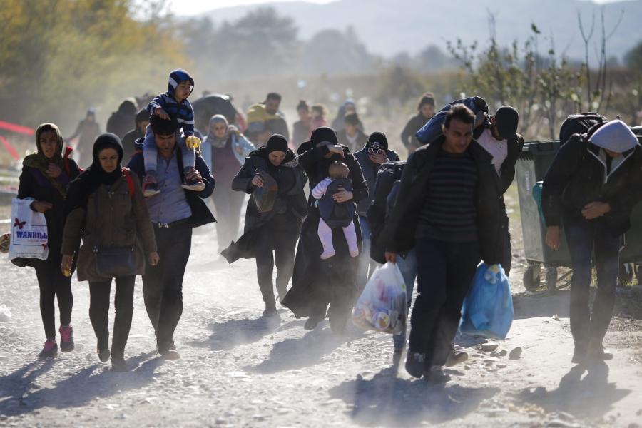 Migranci w drodze przez Macedonię