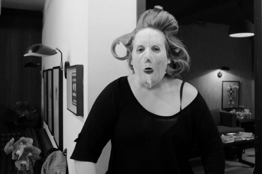 Czy to prawdziwa twarz Adele?
