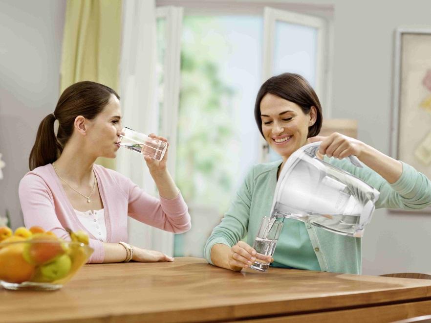 Kobiety pijące wodę