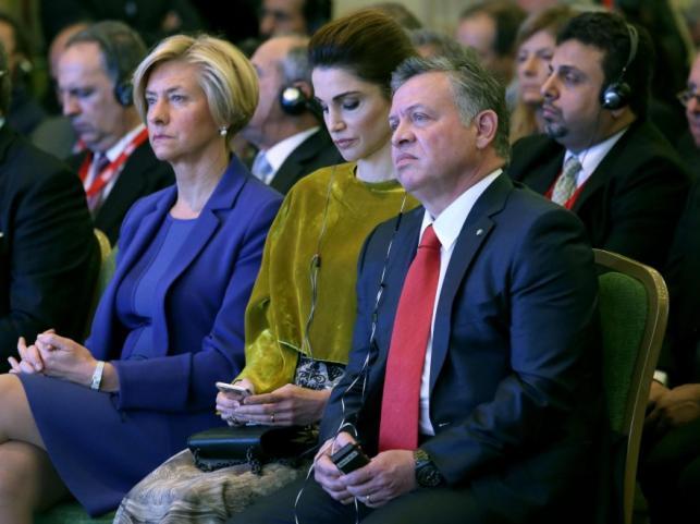 Roberta Pinotti, królowa Rania i król Abdullah II