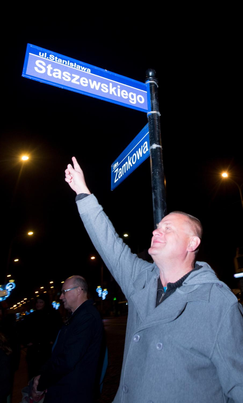 Tata Kazika został patronem ulicy w Pabianicach koło Łodzi