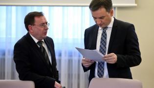 Minister sprawiedliwości Zbigniew Ziobro oraz koordynator służb specjalnych Mariusz Kamiński