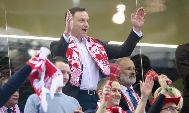ME piłkarzy ręcznych: Polakom nie wypadało przegrać na oczach prezydenta Andrzeja Dudy. ZDJĘCIA