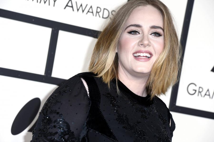 Adele nawet wpadkępotrafi przekuć w sukces