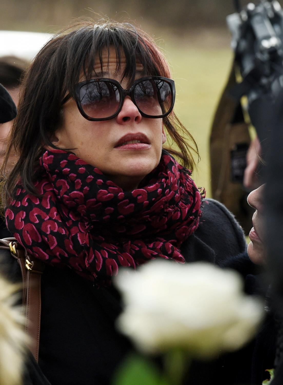 Francuska aktorka, długoletnia partnerka Andrzeja Żuławskiego Sophie Marceau podczas pogrzebu reżysera