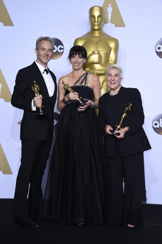 """Oscary 2016 – najlepsza charakteryzacja: """"Mad Max: Na drodze gniewu"""", Lesley Vanderwalt, Elka Wardega and Damian Martin"""