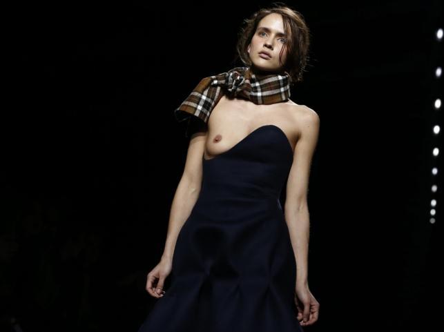 Simon Porte - pokaz kolekcji jesień/zima 2016/2017 na Paris Fashion Week