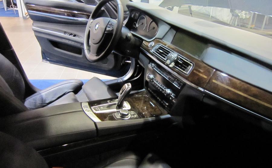 BMW 760Li High Security na Międzynarodowych Targach Europoltech