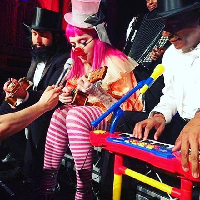 Madonna podczas koncertu w Melbourne