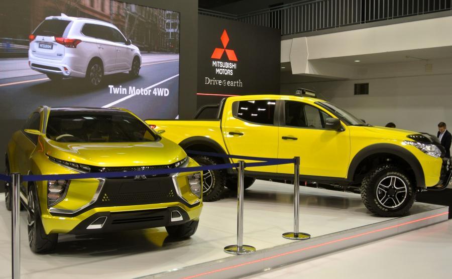 Mitsubishi eX Concept i nowe L200 MONSTER