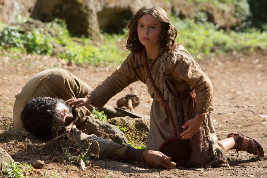 Siedmioletni Jezus wyrusza z rodziną w podróż powrotną z Egiptu do Nazaretu...