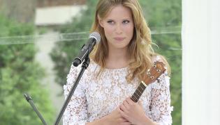 Julia Pietrucha: Ukulele pozwala mi skupić się na melodiach
