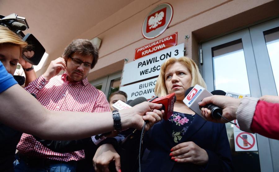 Ewa Błasik w drodze na spotkanie w Prokuraturze Krajowej w Warszawie