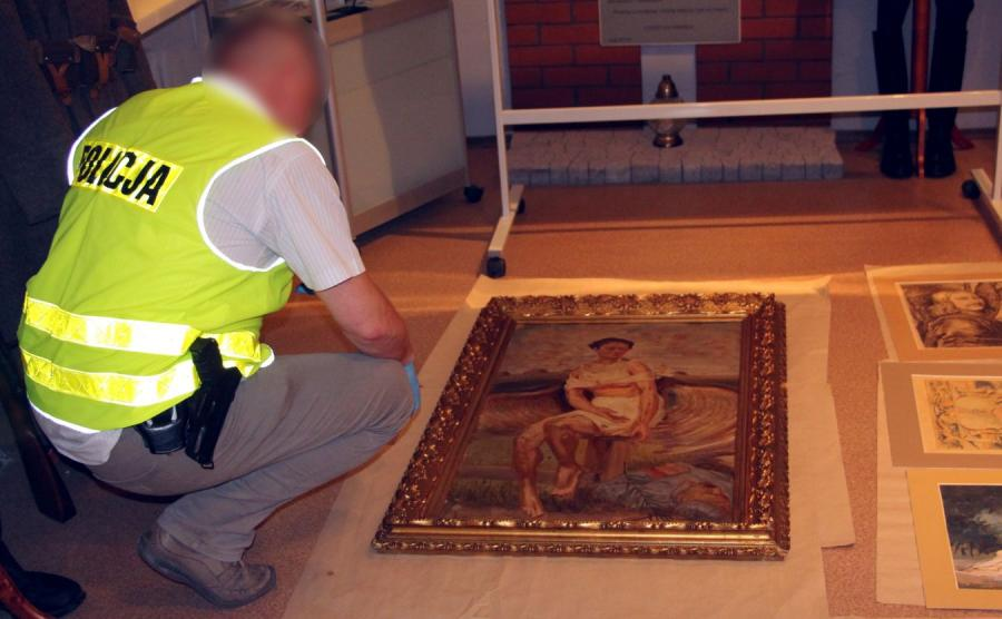 Policja z Poznania odzyskała skradzione dzieła sztuki