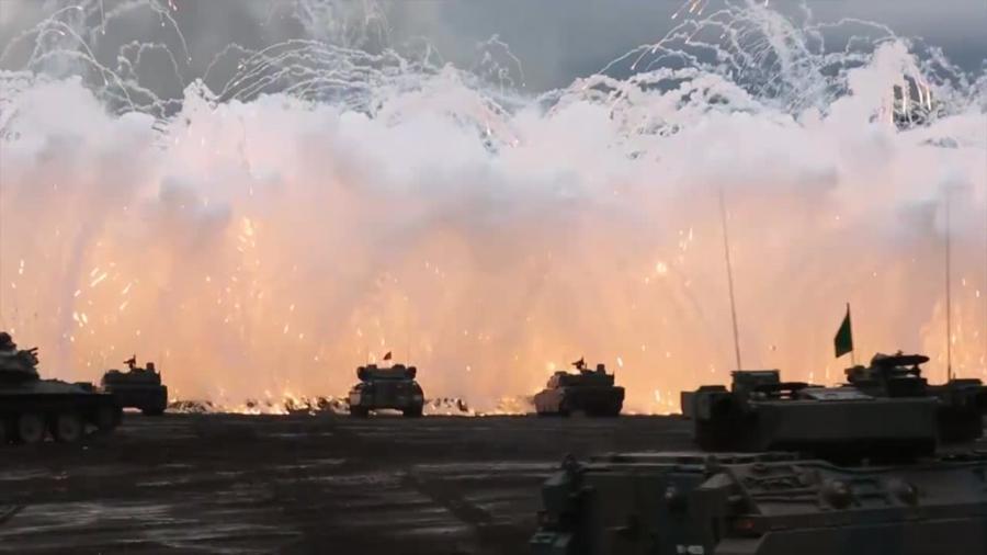 Odpowiedź na wzmożoną aktywność Korei Północnej. Japońskie manewry wojskowe pod górą Fudżi