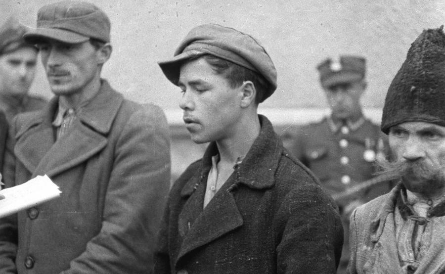 Ludowe Wojsko Polskie zatrzymuje \