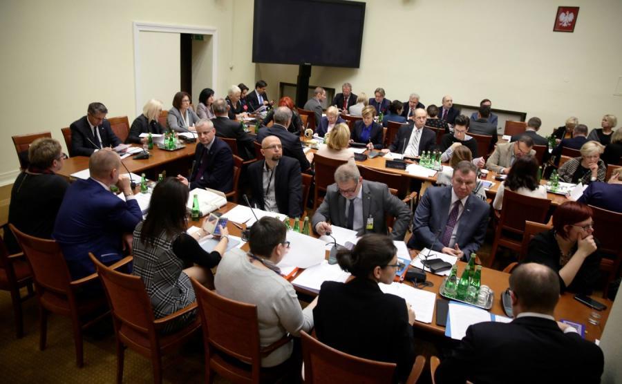 Posiedzenie sejmowej komisji polityki społecznej i rodziny