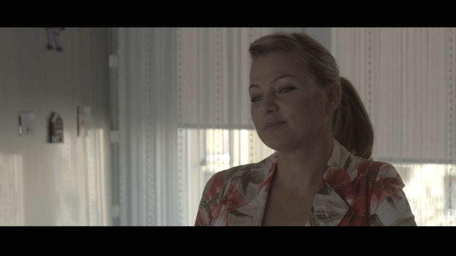 """Katarzyna Bujakiewicz w filmie """"Kolekcja sukienek"""" - obraz w kinach od 9 grudnia 2016 roku"""