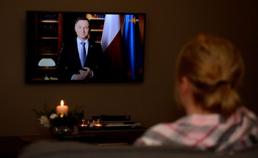 Noworoczne orędzie prezydenta Andrzeja Dudy transmitowane przez TVP1
